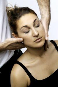 Förklaringen till huvudvärk finns ofta i nackens övre del